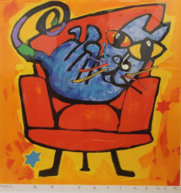 blauwe kat in rode stoel ad verstijnen zeefdruk