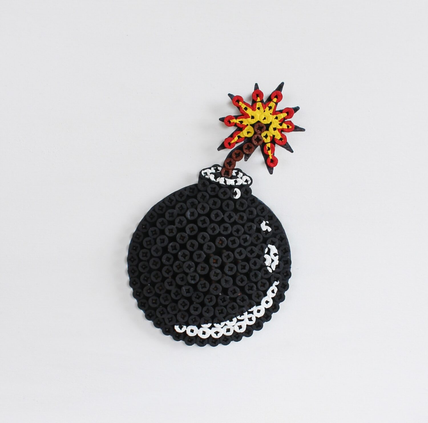 Alessandro Padovan - Screw art - Mini Bomb